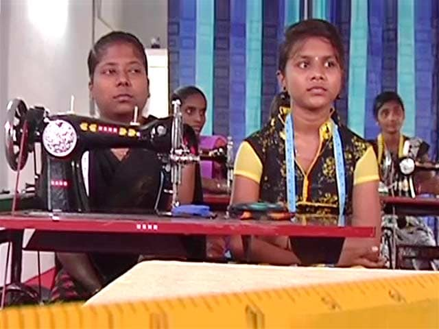 Video : Providing Exposure And Market To Skilled Women In Andhra Pradesh