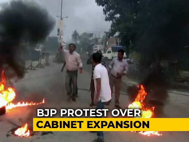 Video : Protests, Bandh In Assam Over Denial Of Ministerial Berths To Lawmakers