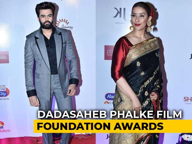 B-Town Stars At Dadasaheb Phalke Film Foundation Awards 2018