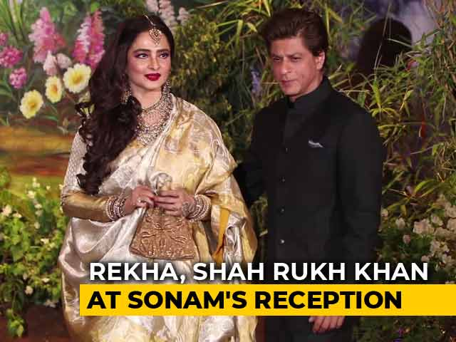 Shah Rukh Khan, Rekha, Janhvi & Others At Sonam's Reception