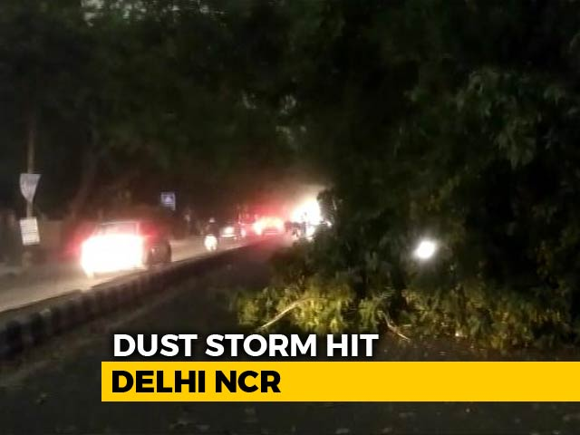 Video : Several Killed As Storm Hits UP, Andhra, Telangana And Delhi