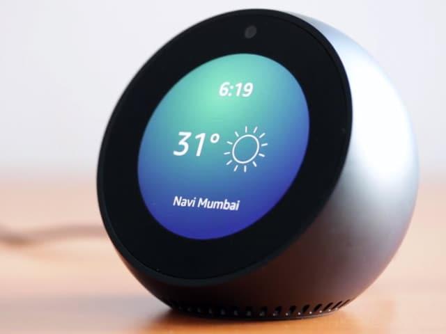 Video : Amazon Echo Spot Review: Alexa + Screen = Good Idea?