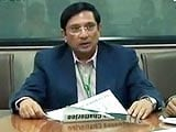 Video : Boss's Day Out: Feedback Infrastructure chief Vinayak Chatterjee (Aired: January 2006)