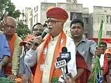 Video: Modi shadow over Advani's campaign