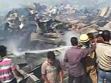 Video : 500 homes destroyed in fire at slum in South Delhi