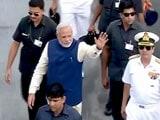 Video : न किसी को आंख दिखाएंगे, न आंख झुकाएंगे : INS विक्रमादित्य पर पीएम नरेंद्र मोदी
