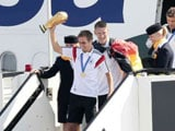 Video : Jubilant Crowd Welcomes World Cup Champions Germany Home