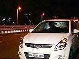 Video : युवक ने बांद्रा-वर्ली सी लिंक से छलांग लगाकर आत्महत्या की