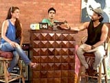 Video: Heavy Petting: Kunal Khemu, Soha Ali Khan and Masti, the Complete Family!