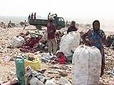 Videos : कूड़े के सहारे तमाम जिंदगियां