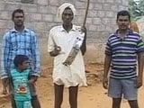 Video : 'हुदहुद' का खतरा : नगाड़े बजाकर खाली कराए जा रहे गांव