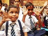 Video : School Children in Lucknow Paint for a Hygienic India