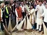 Videos : इंडिया 7 बजे : कूड़ा गिराया गया, फिर हुई सफाई