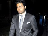 Video : Abhishek Bachchan Skips Arpita's Wedding