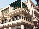 Video : Noida's Millionaire Bureaucrat has Diamonds Worth Rs 100 crore, 20 Properties