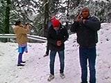 Videos : शिमला में हुई मौसम की पहली बर्फबारी