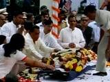 Video : राजकीय सम्मान के साथ आर के लक्ष्मण की विदाई