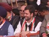 Videos : खबरों की खबर : दिल्ली के दंगल में राहुल