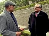 Video: जगदीश भगवती के साथ चलते-चलते