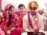 Videos : फिल्म 'दम लगाके हईशा' को 3.5 स्टार्स