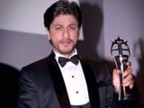 Video : Shah Rukh Bags Award, Meets Zayn Malik in London