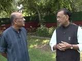 Video: कृषिमंत्री राधामोहन सिंह के साथ चलते-चलते