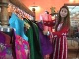 Videos : शाही परिवार का सदस्य बन फैशन डिज़ाइनर से की धोखाधड़ी