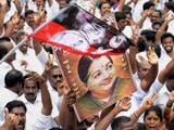 Video: इंडिया 7 बजे : आय से अधिक संपत्ति के केस में जयललिता को राहत