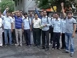 Videos : डीटीसी कर्मचारियों की हड़ताल जारी रहने से यात्री बेहाल