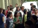 Videos : भूकंप की वजह से बिहार में 16 की मौत, यूपी में भी गई एक की जान