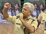 Video: खबरों की खबर : छात्रा के सवालों से घिरे पुलिस कमिश्नर