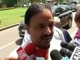 Videos : संसद में काम न होने पर सांसदों को पैसा क्यों : केंद्रीय मंत्री महेश शर्मा