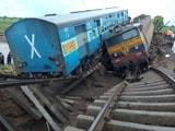 Video : मध्य प्रदेश में बड़ा ट्रेन हादसा, राहत और बचाव कार्य अंतिम चरण में