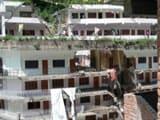 Video : Landslide In Kullu Near Manikaran Sahib Gurdwara, Many Feared Trapped