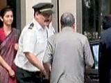 Video : कोलकाता में बीसीसीआई की बैठक में श्रीनिवासन को रोकने पर ड्रामा, बैठक रद्द
