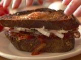 Video: Tomato Sandwiches