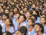Video: शिक्षा की ओर : साधना गांव में बच्चों की संवरती तकदीरें
