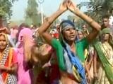 Video : मीडिया और पुलिस से नाराज बिसाहड़ा गांव के लोग, किया विरोध