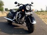 Video: Indian Dark Horse: Cruiser With Attitude