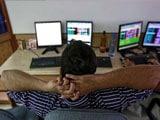 Video : बीजेपी की बिहार में शिकस्त का असर शेयर बाजारों पर, हुए धड़ाम