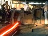 Videos : हांफने लगीं गुजरात के भावनगर में स्टील रीरोलिंग मिलें