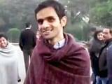 Video : JNU: देशद्रोह के आरोपी छात्र उमर, अनिर्बान ने आत्मसमर्पण किया