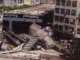 Video : प्राइम टाइम इंट्रो : कोलकाता में पुल गिरने का जिम्मेदार कौन?