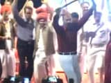 Video : Gujarat 'Encounter Cop' DG Vanzara Celebrates Homecoming With A Dance