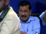 Video: इंडिया 9 बजे : केजरीवाल पर फेंका जूता