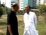Video : चलते-चलते : अमित मित्रा ने बताया वे कैसे और क्यों राजनीति में आए