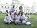 Video : Selfies, Song And Dance, A Day Out For These Women In White