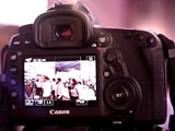 Video : Canon 5D Mark IV DSLR Camera: First Look