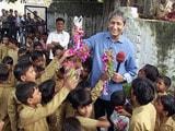 Video : प्राइम टाइम : एक शिक्षक के तबादले पर रो पड़ा गांव