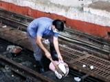 Video : एनडीटीवी-डेटॉल बनेगा स्वच्छ इंडिया : मुंबई के सीएसटी पर सफाई की मुहिम